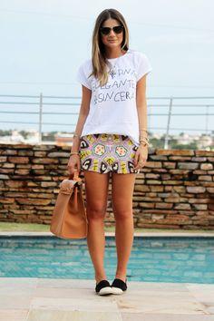 T-shirt + alpargatas