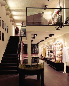 Boutique Shop, Fashion Boutique, Fashion Studio, Women's Fashion, Hamburg Germany, Retail Shop, Retail Design, Store Design, Home Interior Design