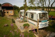 Reuse รถบัสเก่า เป็นบ้านเล็กๆแบบพอเพียง