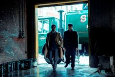 Albert Brooks and Oscar Isaac in A Most Violent Year Full Hd Pictures, All Is Lost, Movie Categories, Top Film, Oscar Isaac, Othello, Latin Music, Jessica Chastain, Film Stills