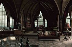 Top 20 Gothic Home Interior Design Ideas For Create Amazing Interior Victorian Gothic Decor, Victorian House Interiors, Gothic Interior, Gothic Mansion, Modern Gothic, Mansion Interior, Gothic House, Home Interior, Victorian Homes