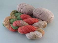 Materialpakete - MeRo-Colors handgefärbte Garne, Wolle, Zubehör