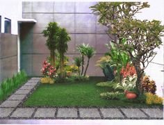 Do you want to live in an modern house with amazing minimalist garden in back or front of it? Check these design ideas! Home Garden Design, Small Garden Design, Home And Garden, Outdoor Landscaping, Front Yard Landscaping, Small Gardens, Outdoor Gardens, Tiny Garden Ideas, Minimalist Garden
