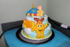 moose and zee cake- fondant!