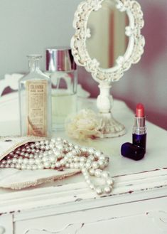 14. pretty little things #organizedliving #organizedcloset
