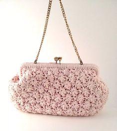 crochet bag: 7 thousand results found on Yandex. Crochet Clutch Bags, Crochet Pouch, Crochet Handbags, Crochet Purses, Knit Crochet, Crochet Bags, Crochet Rug Patterns, Crochet Designs, Vintage Purses