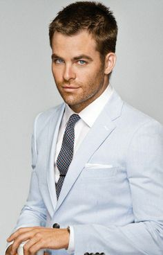 Chris Pine.... okay @Sam McHardy McHardy Taylor Chagnon you're right his rugged good looks are growing on me.