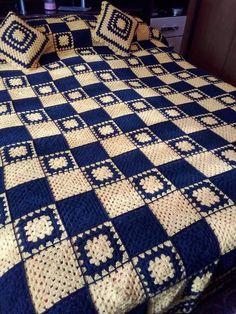 Crochet Bedspread Pattern, Crochet Curtains, Afghan Crochet Patterns, Baby Blanket Crochet, Modern Crochet Patterns, Granny Square Crochet Pattern, Crochet Stitches Chart, Filet Crochet, Crochet Furniture