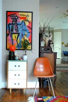 inspiration. something small...Mark's Comfortable Contemporary House Tour | Apartment Therapy
