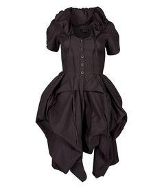I like the simplicity. Very nice pirate dress.