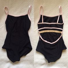 Kiki Yumiko leotard in N-Black with N-Rose trim