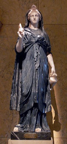 Isis in black and white marble (Roman, 2nd century CE).