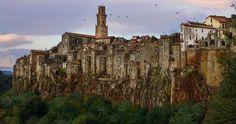 amazing-cliff-city-rock-fb3__700.jpg (700×368)