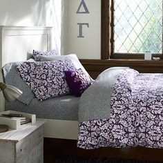 Damask Duvet Cover & Pillowcases on pbteen.com (Pottery Barn Dorm 2012)