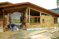 The Tyee – Straw Struck! - Building with bales has some surprising natural advantages, and BC is catching on. Pictured is the construction of the Orofino Winery tasting room.
