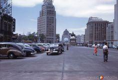 Avenida Juárez y Paseo de la Reforma (1947)
