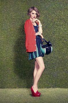 Leighton Meester wearing Louis Vuitton Resort 2012 Pleated Dress.