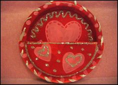 Valentine mailbox for kids and other Valentine's Day classroom party ideas