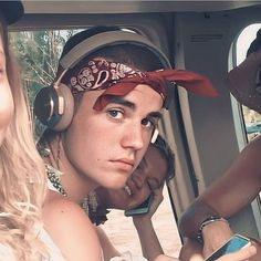 dang it.look at him.just look at him Justin Bieber Style, Justin Bieber Pictures, Justin Baby, Justin Bieber Wallpaper, Anna Nicole Smith, Sarah Michelle Gellar, My Little Baby, Christina Aguilera, Her Hair