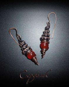 Серьги с бусинами сердолика выполнены из патинированной меди в технике wire wrap. Сarnelian bead earrings made of patinated copper in wire wrap technique. Wire Wrapped Jewelry, Natural Stones, Women Jewelry, Lady, Wire Wrap Jewelry, Wire Jewelry
