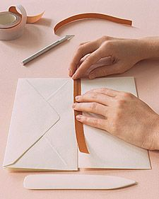 Books: Cloth Binding How-To How to- envelope book bindingHow to- envelope book binding Origami, Book Crafts, Paper Crafts, Envelope Book, Homemade Books, Bookbinding Tutorial, Creation Deco, Fabric Journals, Mini Scrapbook Albums