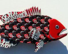 Eric's Easel Bottle Cap Fish and More by EricsEasel Bottle Cap Projects, Bottle Cap Crafts, Bottle Art, Beer Bottle, Owl Wall Art, Fish Wall Art, Fish Art, Beer Cap Art, Beer Caps