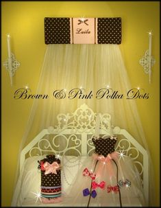 Jewelry Headband holder Hair bow Brown with Pink polka dots Princess SaLe Princess Canopy Bed, Custom Canopy, Crib Toys, Desk Set, White Bedding, Pink Polka Dots, Fabric Samples, A Boutique, Hair Bows