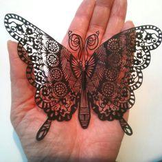 蝶 切り絵 Paper art butterfly-kuronekomiyuki Fosterginger.Pinterest.ComMore Pins Like This One At FOSTERGINGER @ PINTEREST No Pin Limitsでこのようなピンがいっぱいになるピンの限界