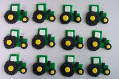 Tractor Fondant cupcake toppers!