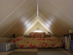derek's tiny house loft