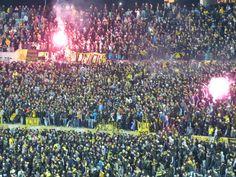 La #Hinchada de #Peñarol recibió de gran manera al equipo frente a #Ferro (Pretemporada 2014)