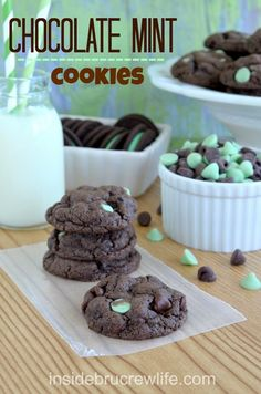 "Chocolate Mint Cookies - easy chocolate cake mix cookie filled with Oreo cookie chunks and mint chocolate pieces #Oreo #cookies @Inside BruCrew Life... My boyfriend loves anything mint lol and my father would say though ""why? It's like your eating tooth paste""  :)"