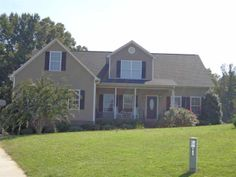146 Jameson Drive - Amazing 4 Bedroom Home in Spartanburg District 6 - $220,00