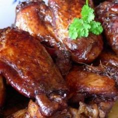 Crock Pot Chicken Wings 15 chicken wings 1/3 cup soy sauce 1 tsp ginger 2 garlic cloves (minced) 2 green onions (minced) 1 tbsp honey 2 tsps oil