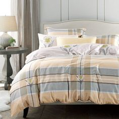 Bright and vibrant Scottish pattern adorn these high style madras plaid print twin size bedding sets. The soft colors are printed on these madras plaid print twin size bedding sets to fill your bedroom with sunny elegance. Twin Bedroom Furniture Sets, Boys Bedroom Sets, Bedroom Sets For Sale, Plaid Bedding, Cotton Bedding, King Size Bedding Sets, Comforter Sets, Where To Buy Bedding, Black Bed Linen
