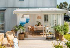 Aesthetic Room Decor, Outside Living, Backyard, Patio, Types Of Houses, Garden Planters, Outdoor Gardens, Garden Design, Pergola