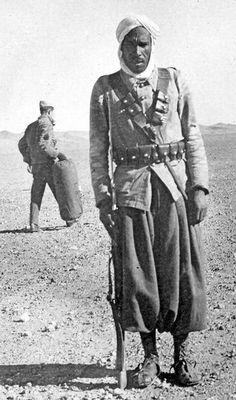 A North Africa soldier, World War II. Ww2 Photos, Cool Photos, World History, World War Ii, Afrika Corps, Historia Universal, Historical Images, Korean War, North Africa