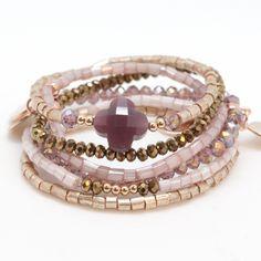 Trendy armbandjes gemaakt van Special Buggles Rocailles