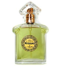 #Mitsouko by #Guerlain. Warm, spicy, and earthy first introduced in 1919. A mysterious #fragrance, with notes of Chypre, peach, rose, cinnamon and oak moss. A classic.