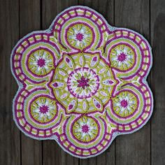 Crochet Tutorials – Crochet Overlay Mandala No. 3, Pattern PDF – a unique product by allescaro on DaWanda