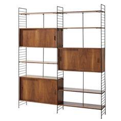 Solid Acacia and Black Metal Vintage Shelf Unit Yucca Acacia, Retro Interior Design, Best Interior, Home Library Design, House Design, New Furniture, Furniture Design, Vintage Regal, Bookshelf Design