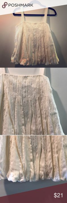 NWT Lace Bubble Top So pretty & feminine for Spring & Summer! Ivory & Lace. Side zipper & lined with silky slip under. Tops Tank Tops