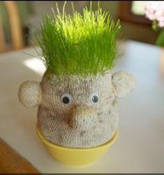 DIY fun grass head from an old sock (or pantyhose) // Jófej fűfej  - régi zokniból vagy harisnyából // Mindy - craft tutorial collection //