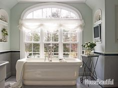 Whether you have a powder room, master bath, or ensuite, these bathroom design pictures will inspire you when you spruce up your own bathroom. Timeless Bathroom, Beautiful Bathrooms, Best Bathroom Designs, Bathroom Ideas, Bathroom Colors, Bath Ideas, Bathroom Wall, Relaxing Bathroom, Bathroom Updates