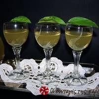 Greek Sweets, Greek Recipes, Altered Art, White Wine, Wine Glass, Alcoholic Drinks, Homemade, Greek Beauty, Ethnic Food