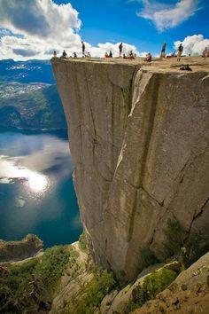 Preikestolen, Norway. Soo scary!