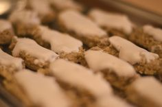 Nuss-stangli Cookies, Dios, Crack Crackers, Biscuits, Cookie Recipes, Cookie, Biscuit