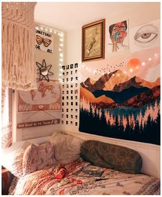Cute Bedroom Decor, Room Ideas Bedroom, Bedroom Inspo, Bedroom Wall, Wall Decor, Nerd Bedroom, Boho Teen Bedroom, Dorm Room Themes, Diy Wall