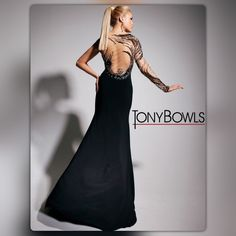 """#Authentic  TONY BOWLS #TBE11315 #Authentic The Lovely Tony Bowls #TBE11315 Evening Gown Is Absolute An Work Of ART‼️ This Mermaid Gown With One Shoulder/Sleeve Of ILLUSION FABRIC,,, Sequins And Beads Adorn The Sleeve And Side Of Dress,, The Fabric Is Illusion Stretch Knit Jersey,,, #DryCleanONLY #Size6⃣ #34""""BUST #25.5WAIST #36.5HIPS #SkirtLength 46,,, If U Lookin'For The Perfect One-0f-A-Kind ♠️BLACK♣️ Gown #@sboutique Promise U,,,, This Is The ONE Tony Bowls Dresses One Shoulder"""
