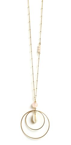 Sautoir Copacabana Quartz Rose via Rubambelle. Click on the image to see more!